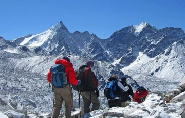 Hiring a Freelance guide in Nepal
