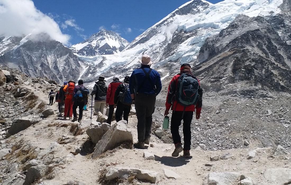 Trekking vs Hikinig