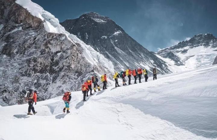 Kami Rita scales Everest 25 times