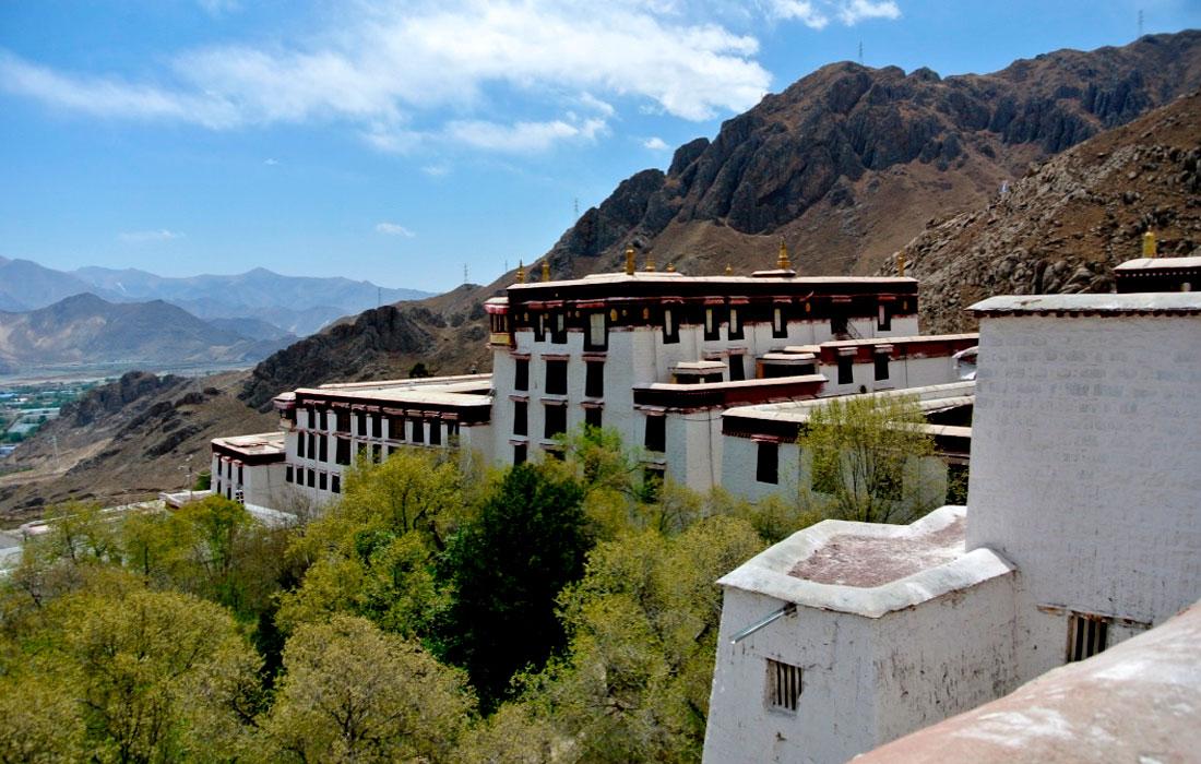 Barkhor Street, Lhasa Tibet