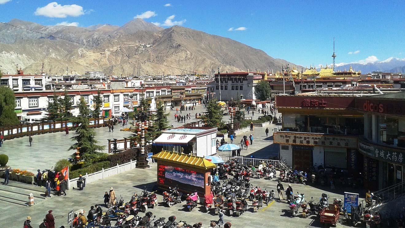Barkor Street Lhasa