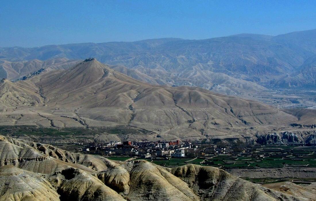 lo mangthang village