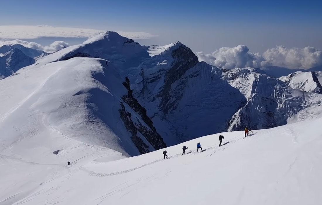 mera-peak-summit-day