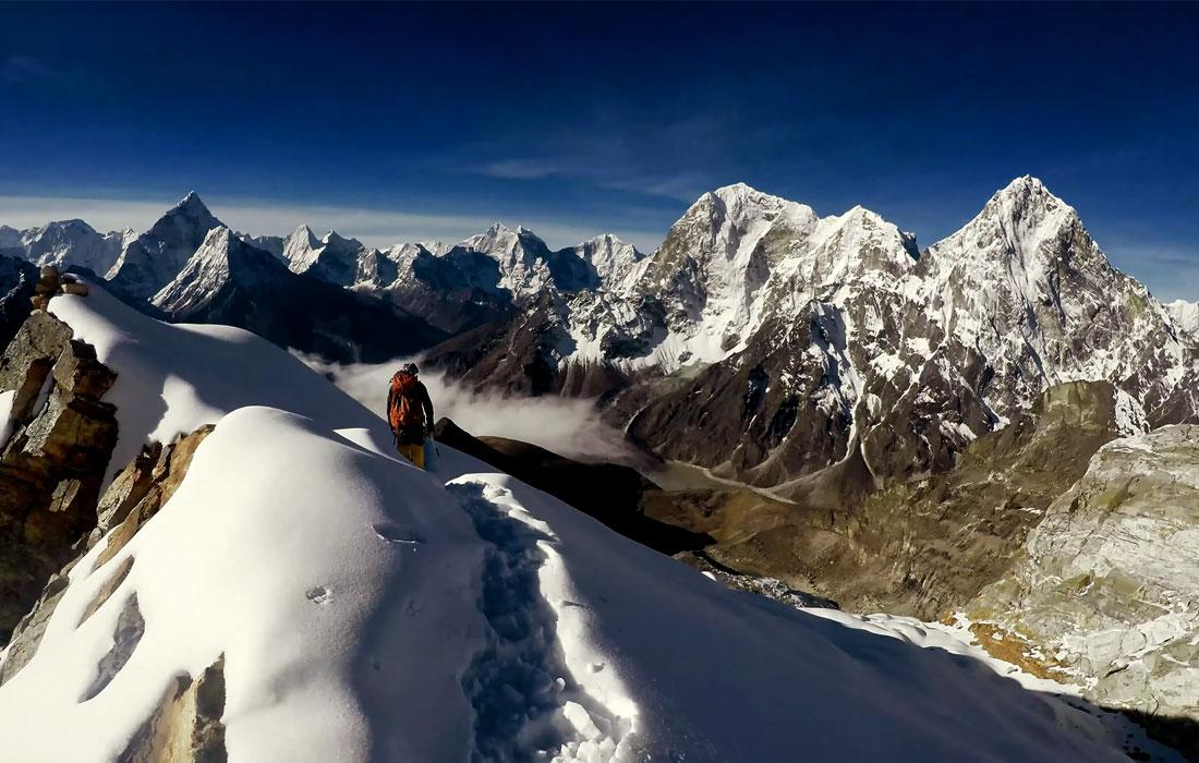 Climb Lobuche East and trek to EBC for a taste of high Himalayan adventure