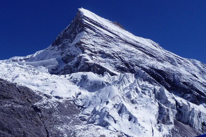Tent Peak (Tharpu Chuli)