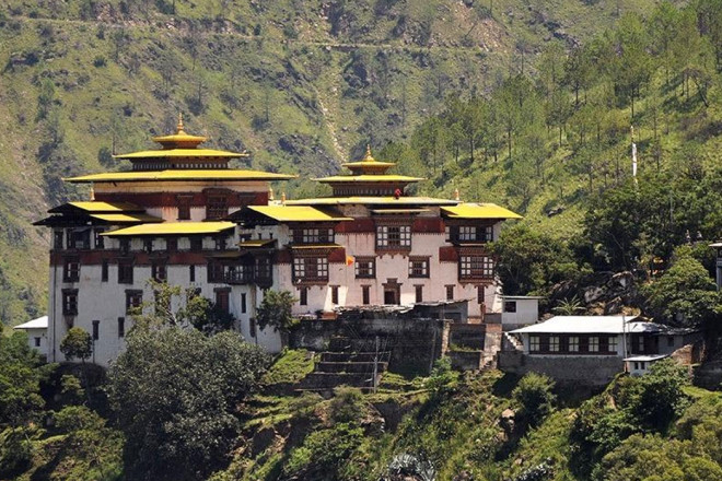 Merak Sakteng Trek and Tour in Bhutan
