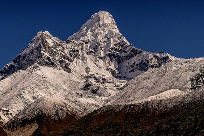Ama Dablam Expedition 30 Days