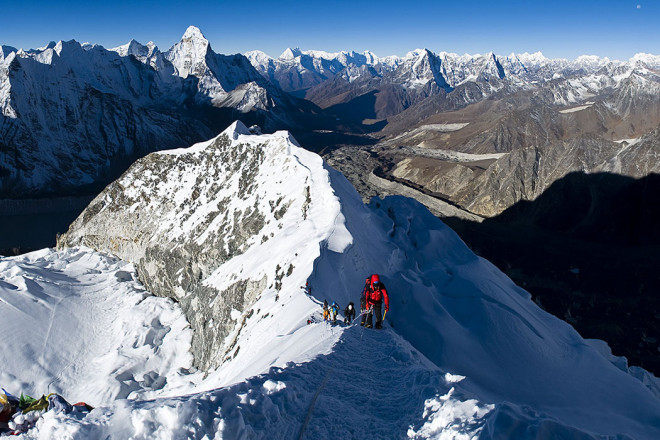 island peak Expedition from Chhukung