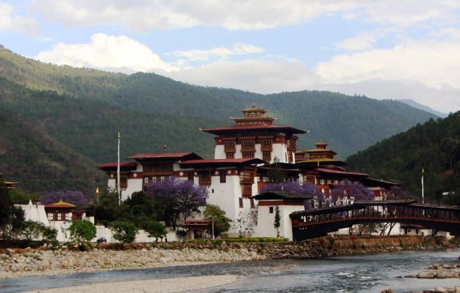 Western Bhutan Tour - Punakha Dzong