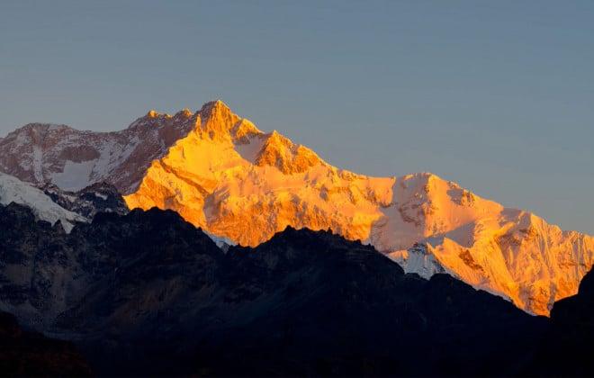 sunrise-kanchenjunga