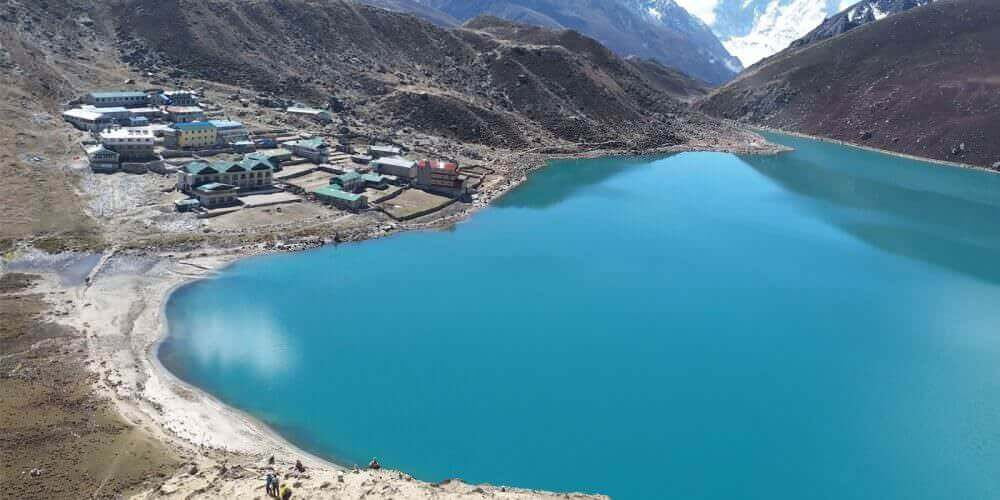 Everest-base-camp-gokyo-lake