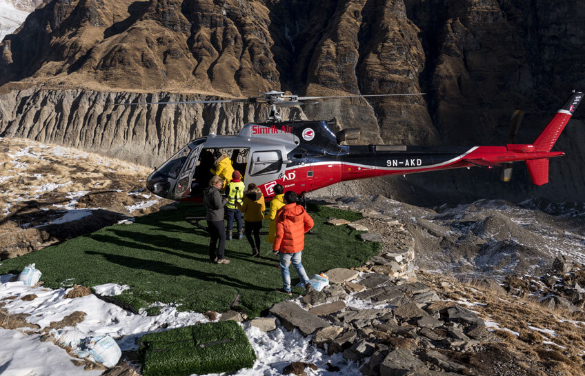 Helicopter landing in Mount Everest Base Camp